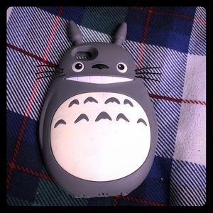 Accessories - Totoro iPhone 6s phone case
